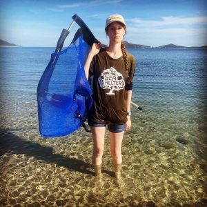 Sea shelter volunteers